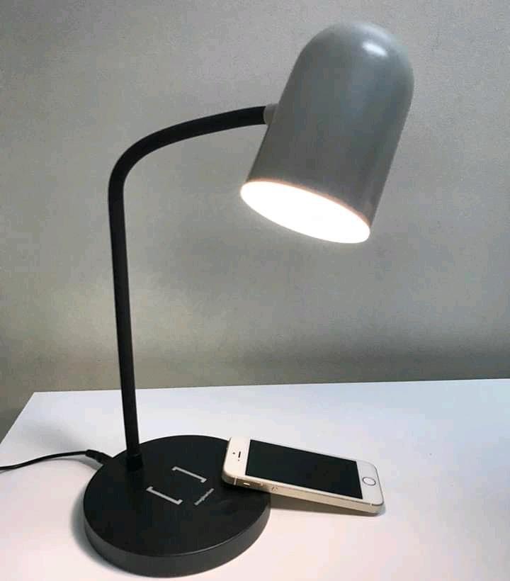 luminária carregador sem fio